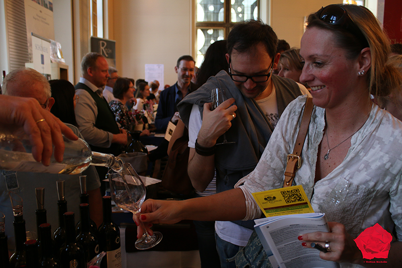 Köln Win 2018 Female winelovers seek their favorite wine