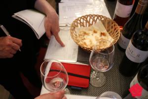 Köln Wein 2018 Consumer orders wine